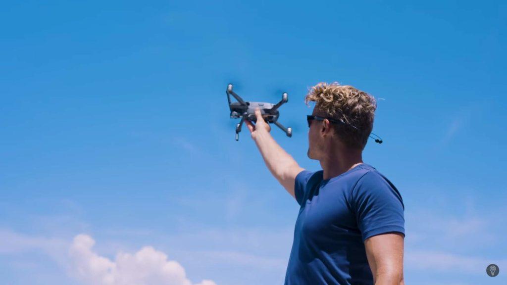 Lanzando el Dron